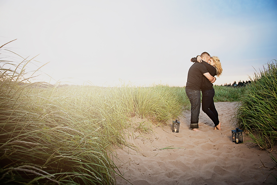 A Little Deep in the Ocean – Chelsea & Marc's Beautiful Beach Shoot